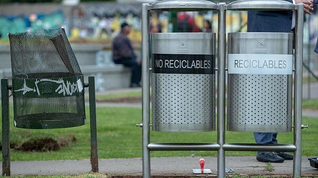 Inicia instalación de 80.000 canecas nuevas por toda Bogotá, una por cada 90 habitantes