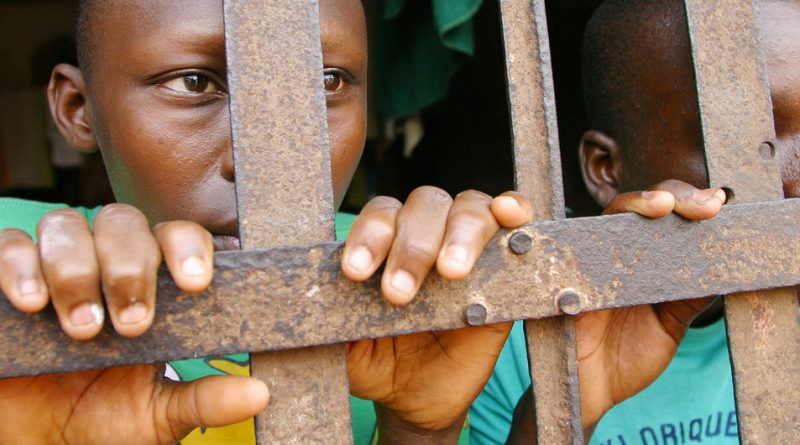 UNICEF pide que se libere a los niños detenidos ante el riesgo de contagio por el coronavirus